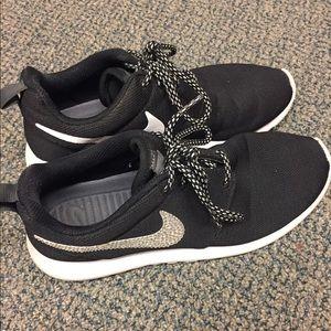 Bedazzled Nike Roshe